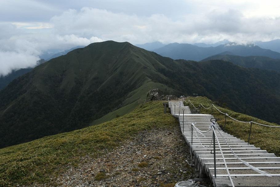大らかな剣山