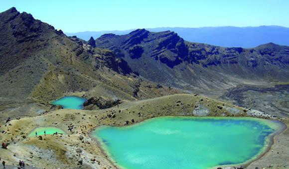 ニュージーランド北島トンガリロ・クロッシングと名峰2座登山