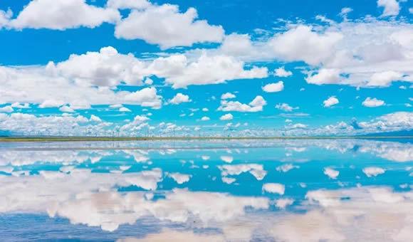 青蔵鉄道で行くチベットと「天空の鏡」チャカ塩湖