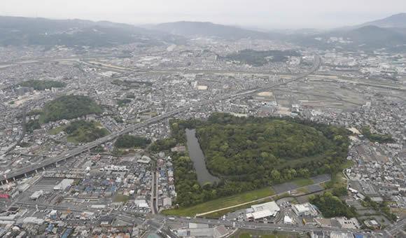 藤井利章先生と行く大阪初の世界遺産となった百舌鳥・古市古墳群