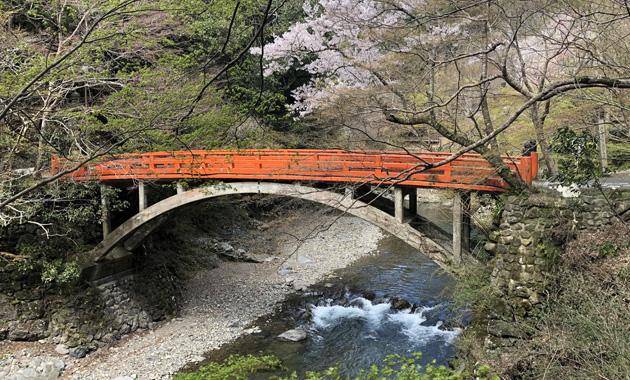 清滝(※写真は、春に撮影したものです)