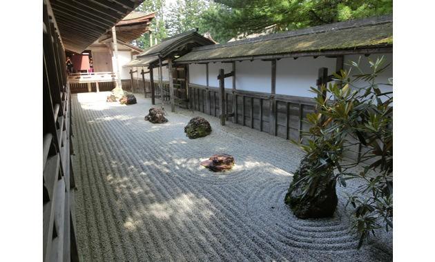 金剛峯寺の石庭(イメージ)