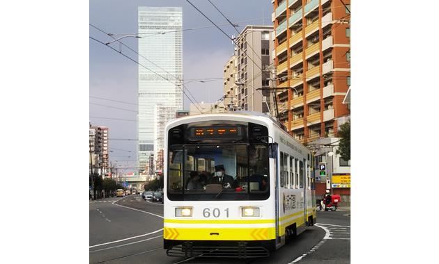 阪堺電車とあべのハルカス(上町線松虫停留場付近)(イメージ)
