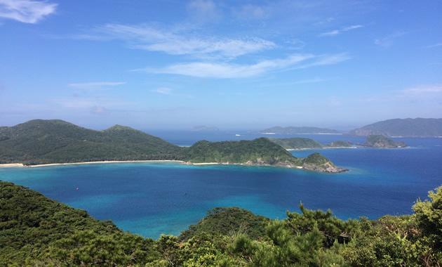 高月山展望台から見る慶良間諸島(イメージ)