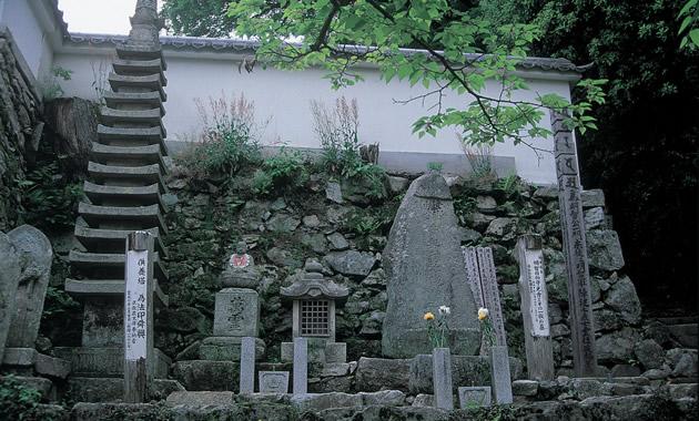 西教寺明智光秀の墓(イメージ)