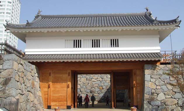 甲府城・山手渡櫓門(イメージ)