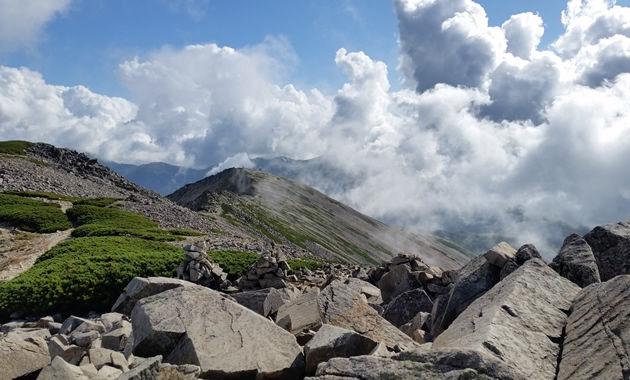薬師岳山頂付近(イメージ)