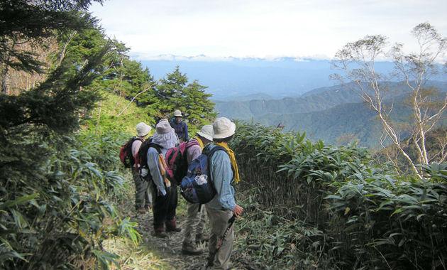 恵那山への登り(イメージ)