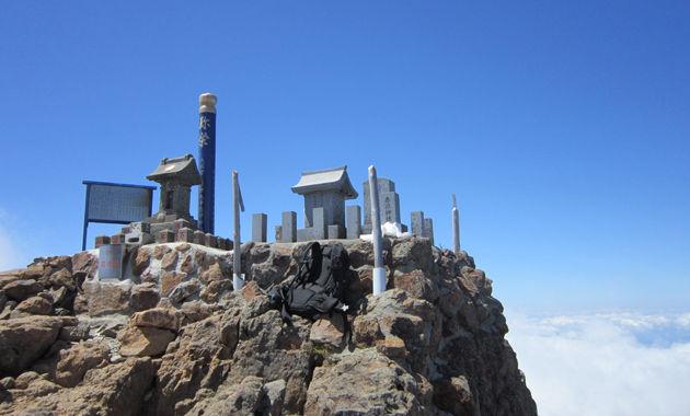 赤岳山頂(イメージ)