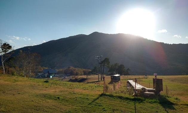 麓から見た斑尾山(イメージ)