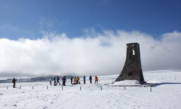 美ヶ原高原のシンボル「美しの塔」(イメージ)