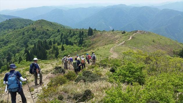 武奈ヶ岳からの縦走路(イメージ)