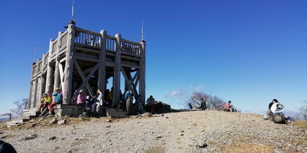 大杉谷を登りきったら日出ヶ岳(イメージ)