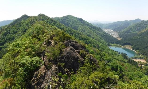 七種山の岩場手前からの景色(イメージ)