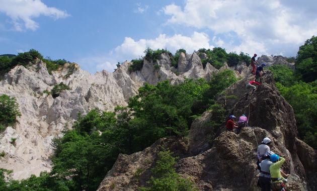 写真:蓬莱峡の岩稜講習会(イメージ)