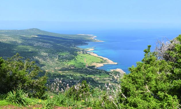 キプロス島・アカマス半島から望む地中海(イメージ)