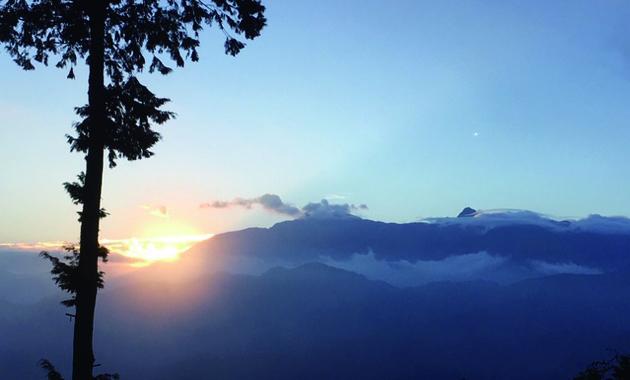 阿里山の祝山ご来光(イメージ)